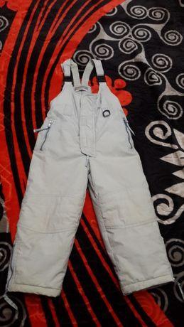 Продам теплые зимние штаны -комбинезон