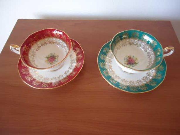 Chávenas em porcelana