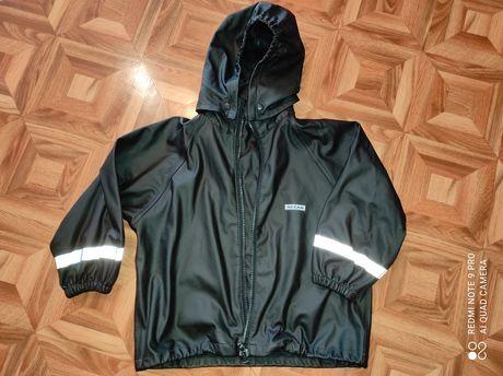 Куртка-дождевик, не промокает