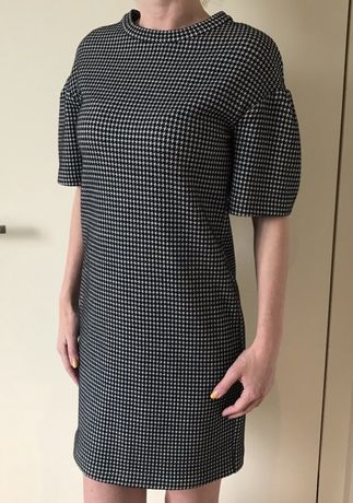 Elegancka sukienka Pinko