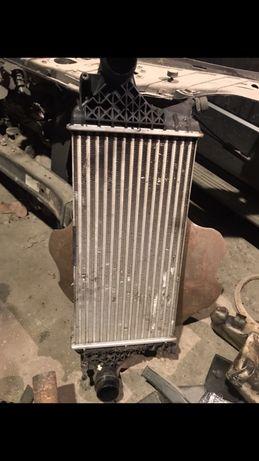 Mercedes радиатор интеркуллера
