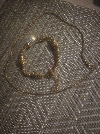 Biżuterię łańcuszek i bransoletka