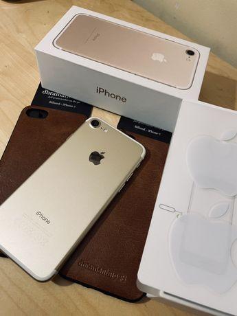iPhone 7 gratis 2 nowe etui / jak nowy