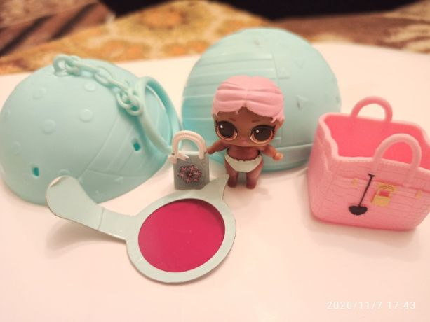 Кукла ЛОЛ (LOL) в шарике