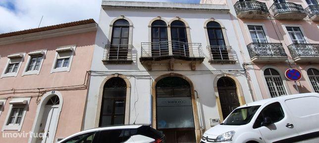 Prédio, 597 m², Buarcos e São Julião