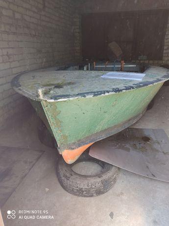 Продам лодку прогрес 2, и мотор Джонсон 60. Срочно торг!