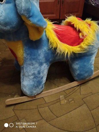 Продам качалка слон
