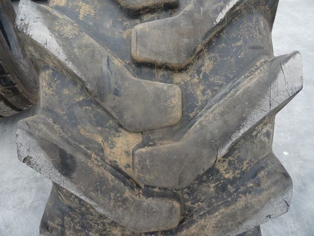 opona 18-19.5 CAMSO Tractionmaster 4L-R4 16PR