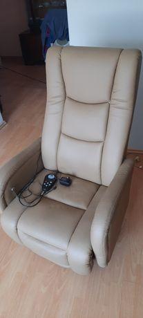 Fotel rozkładany z funkcją masażu