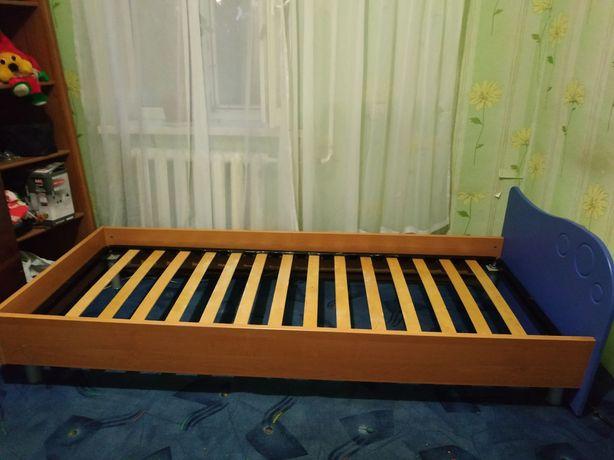 Ліжко односпальне 1.90  * 80 см