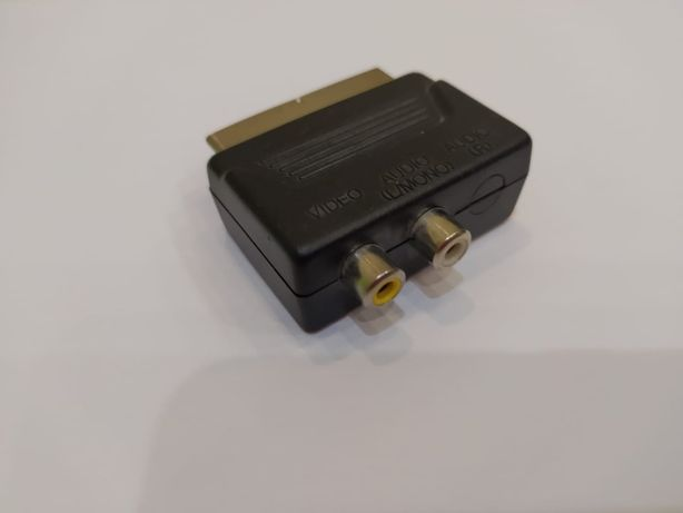 Двусторонний переходник с Scart на 2 RCA.