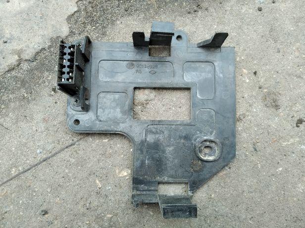 Кронштейн блока управления двигателем Daewoo Nexia