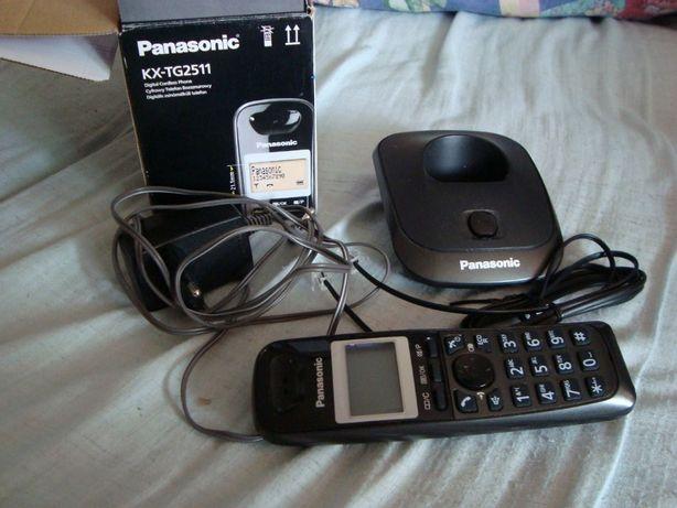Telefon bezprzewodowy Panasonic KX-TG2511PDT