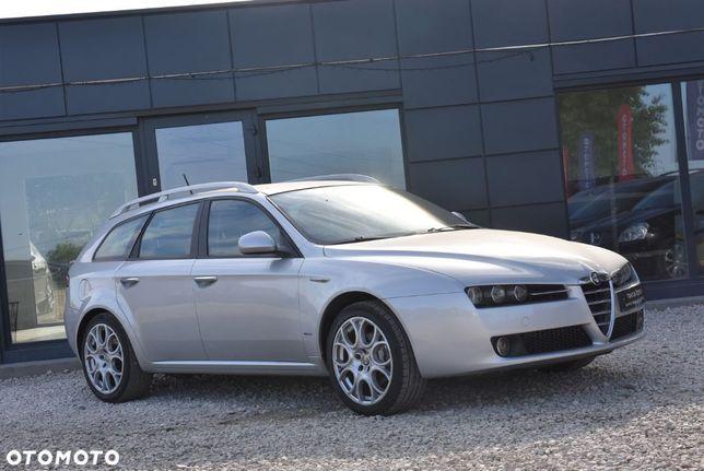 Alfa Romeo 159 1.8 MPI Skóry Nawigacja Alufelgi Relingi Klimatyzacja Kredyt Opłacony