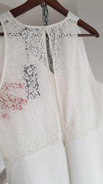 TIGER Biała sukienka z plecami koronkowymi 38
