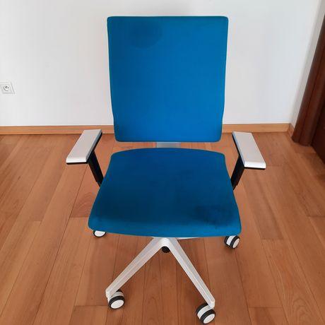 Fotel obrotowy Meblik