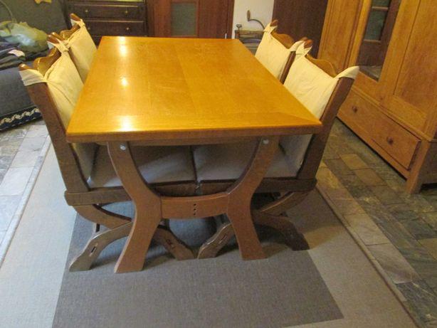 Stół dębowy i 4 krzesła