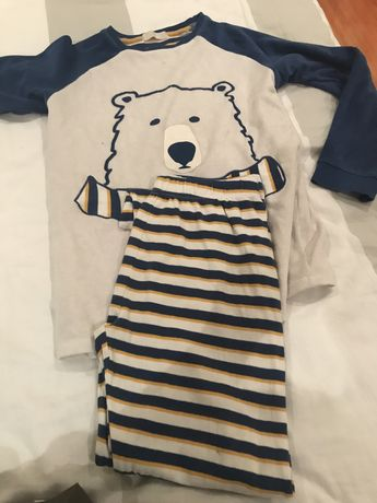 Pijamas menino