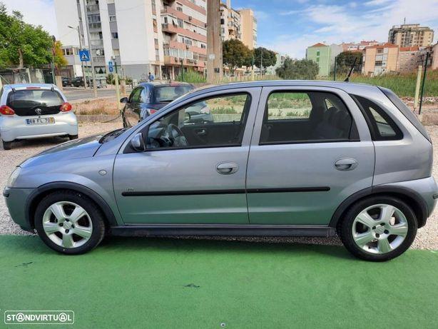 Opel Corsa 1.2 16V Enjoy R