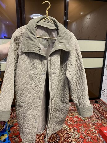 Курточка женская осенняя