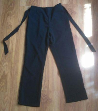 Школьные штанишки и юбочка