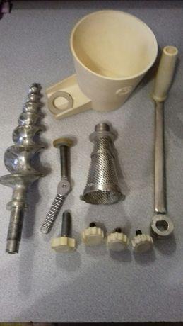 Запасные части к соковыжималке (чугун )
