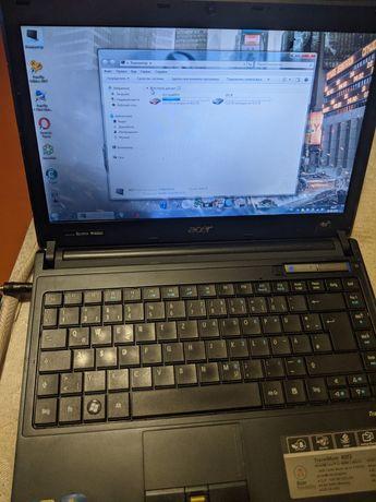 Продам ноутбук Acer 8372..8.оперативы.новая боторея.