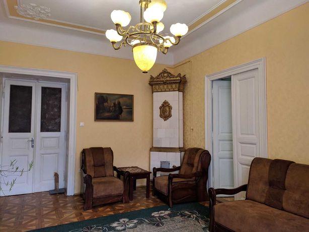 Продаж чотирикімнатна квартира по вул. Лисенка м. Львів