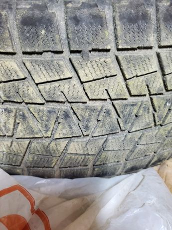 Bridgestone Blizzak 245/60 R18