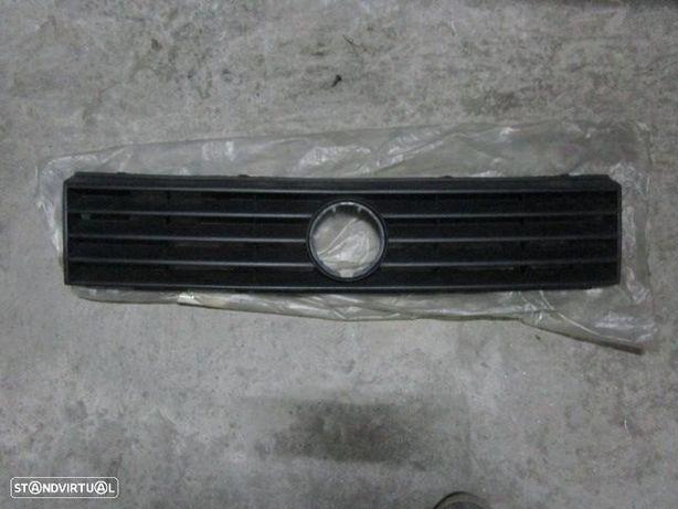 Grelha Frente GRE93 VW / POLO / 1997 / G40 / NOVO /