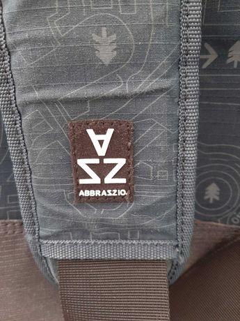 Bolsa Abbrazzio para portateis 17 pol. com muitos bolsos e divisórias