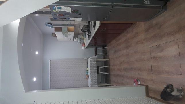 продам даухэтажный  дом