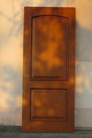 Sprzedam drzwi wewnętrzne