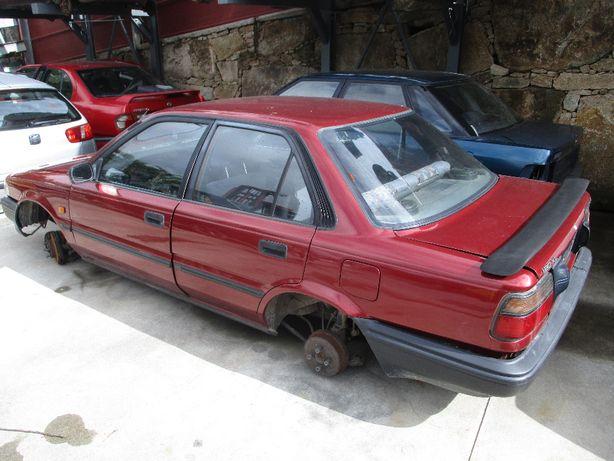 Toyota Corolla 1.8 XL de 1988 P/peças