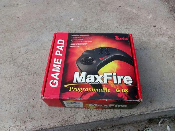 Джойстик Genius maxfire g-08