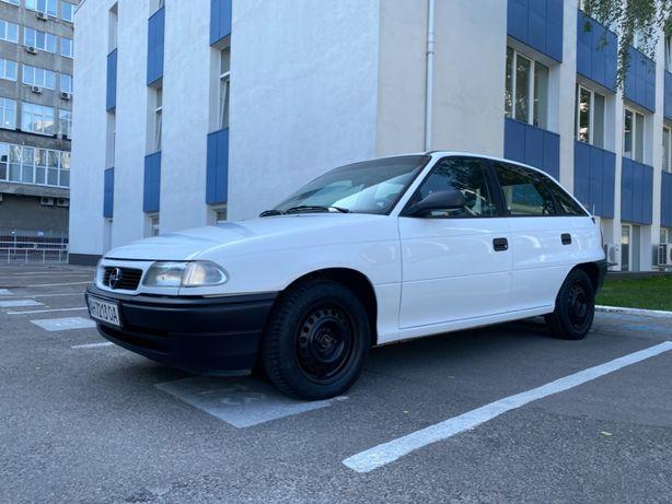 Opel Astra F оригинал 169 тыс. пробега в идеальном состоянии