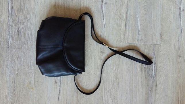 Czarna torebka na ramię, vintage
