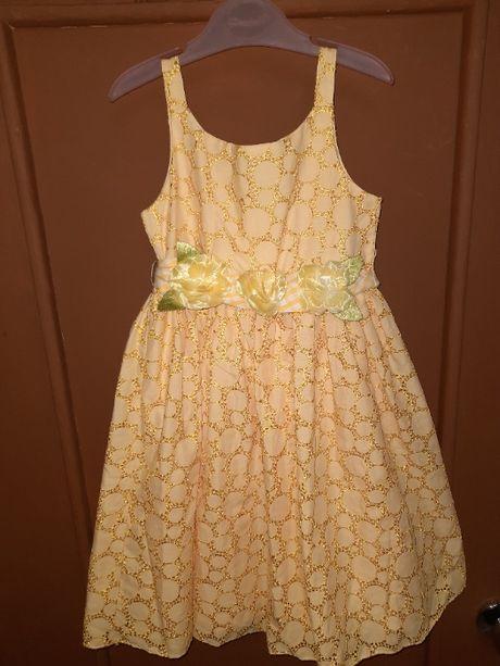 Платье для девочки на 5-6 лет