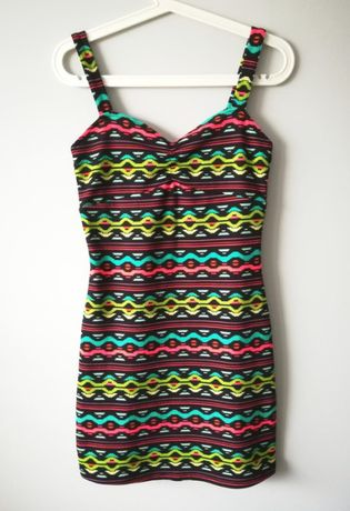 Sukienka krótka boho wzory 38 H&M Coachella