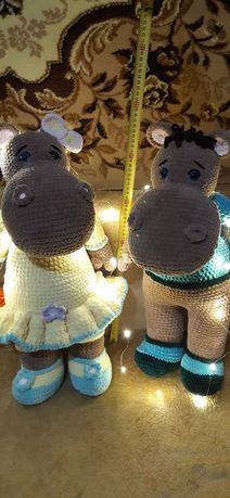 Вязанные игрушки из велюровой пряжи