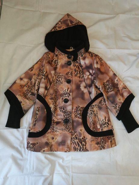 Отличные женские пальто (всего 4 штуки - зимние и демисезонные)