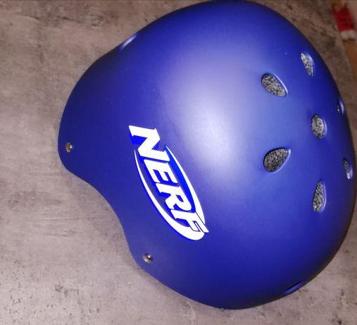 Kask skateboardu