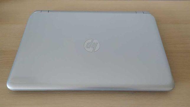 """HP Pavilion 15 - AMD A4, 8GB Ram, HDD 320GB, 15.6"""", Teclado Numérico"""