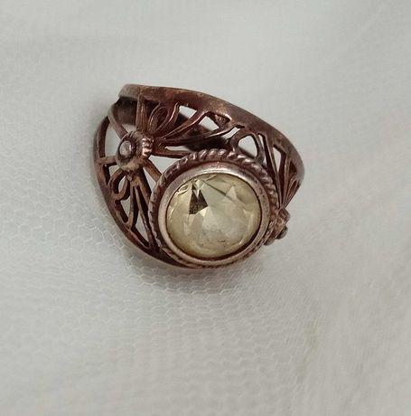 Кольцо колечко с камнем лимонного цвета СССР серебро 875 пробы