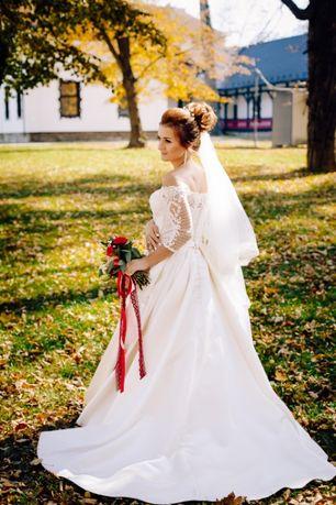 Продається весільна сукня!