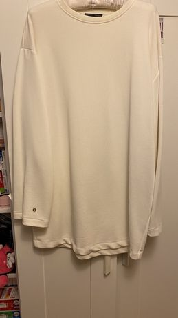 Sukienka biala dresowa