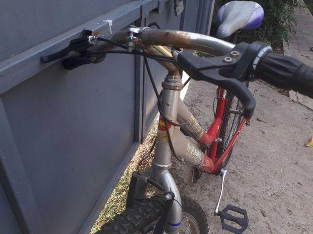 Велосипед в гарному стані б/у