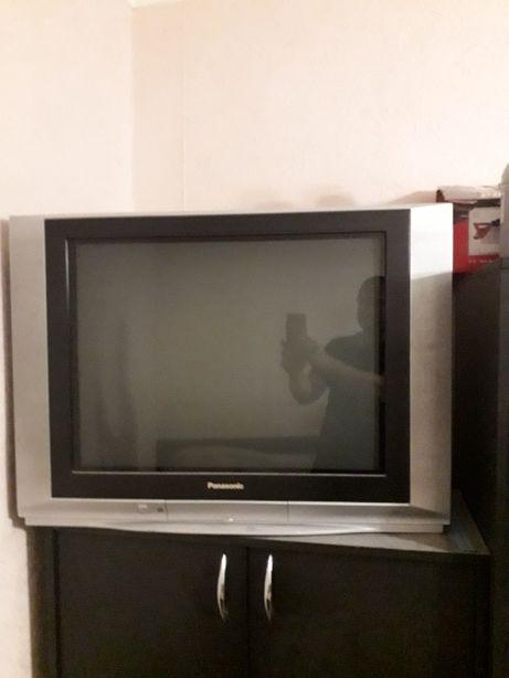 Продам телевизор Panasonic, диагональ 70 см.
