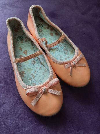 Балетки,туфельки