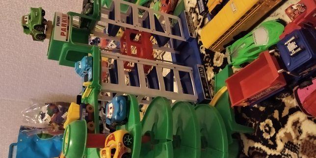 Продам детские игрушки.